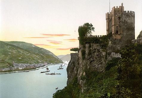 rheinstein kasteel rijndal